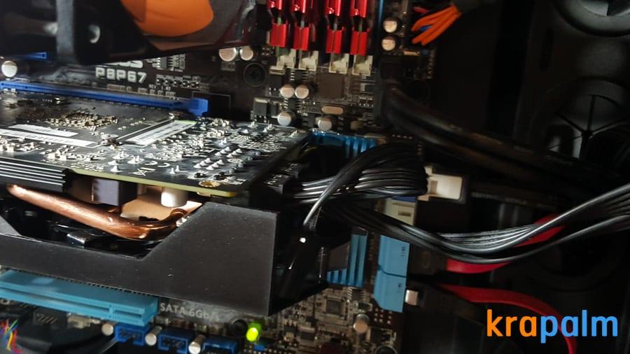 รูป SapphireR9 270x 171 ประกอบเนื้อหา รีวิวการ์ดจอ Sapphire R9 270X Dual-X : Radeon R9 270X series ในราคาเบาๆ