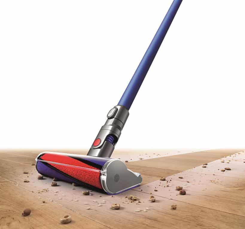 รูป Dyson Fluffy Clean Sweep Medium1 ประกอบเนื้อหา [PR] Dyson Fluffy (ไดสัน ฟลัฟฟี่) สัมผัสอ่อนนุ่ม แต่ประสิทธิภาพทรงพลัง