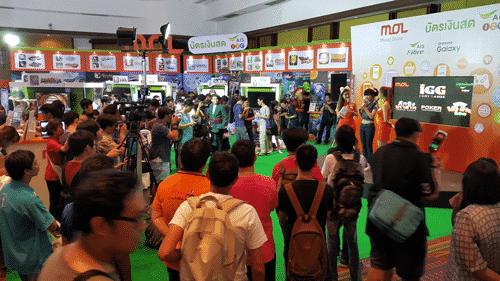 รูป tme pr1 ประกอบเนื้อหา ความสนุกกำลังจะมา ในงาน Thailand Mobile Expo 2015 กิจกรรมดี โปรโมชั่นโดนที่บูท MOL กับบัตรเงินสดแฮปปี้
