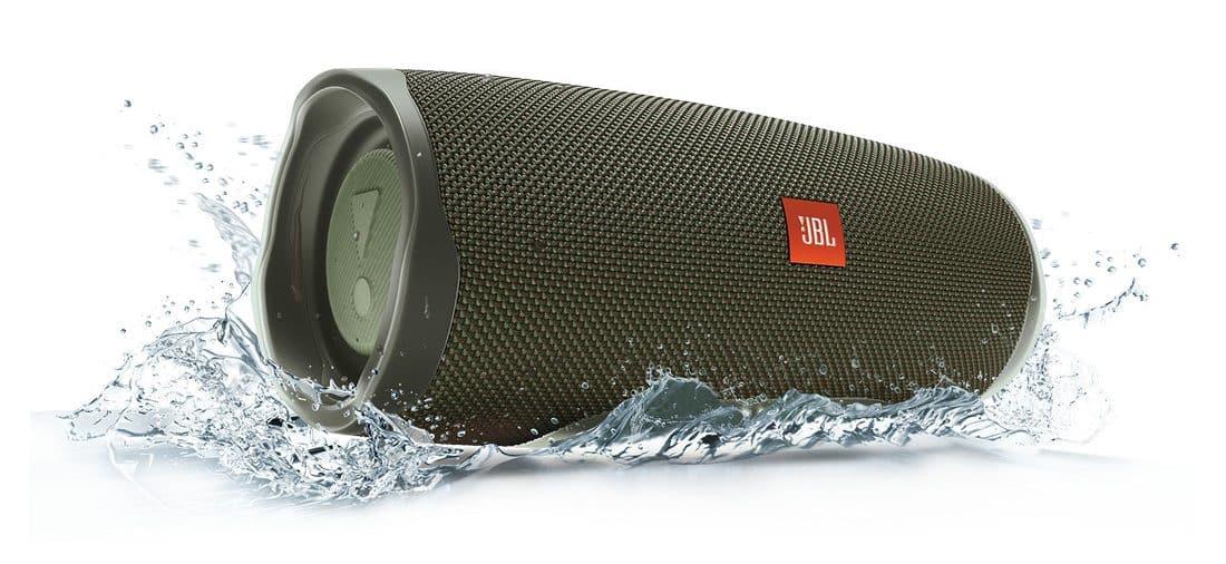 รูป JBL Charge4 Water Splash Green Hero 1605x1605px e1550997932777 ประกอบเนื้อหา ใหม่! ลำโพงบลูทูธแบบพกพา JBL Charge4 อัพเกรดใหม่เร้าใจกว่าเดิม พร้อมวางจำหน่ายแล้วที่ตัวแทนจำหน่ายทั่วประเทศ