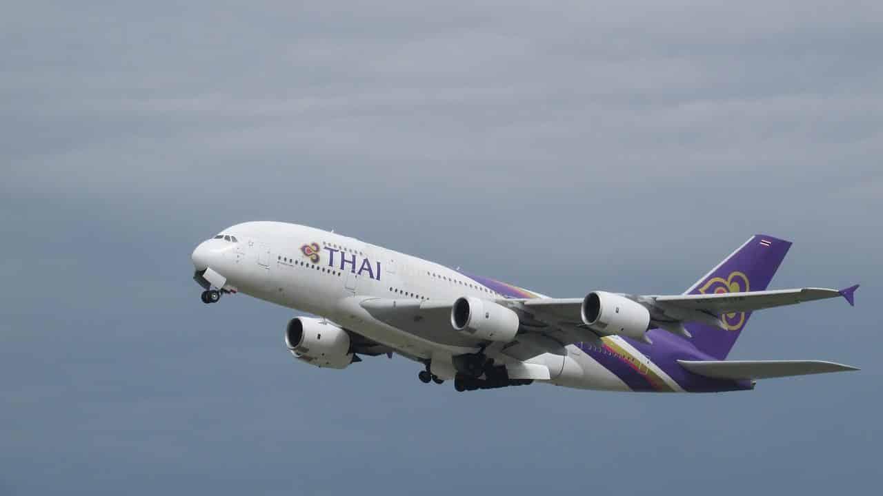รูป plane spotting 2311056 1280 edited ประกอบเนื้อหา อ่านเรื่องแผนฟื้นฟูสายการบิน JAL การบินไทยอาจจะใช้ JAL Model ในการฟื้นฟูองค์กร