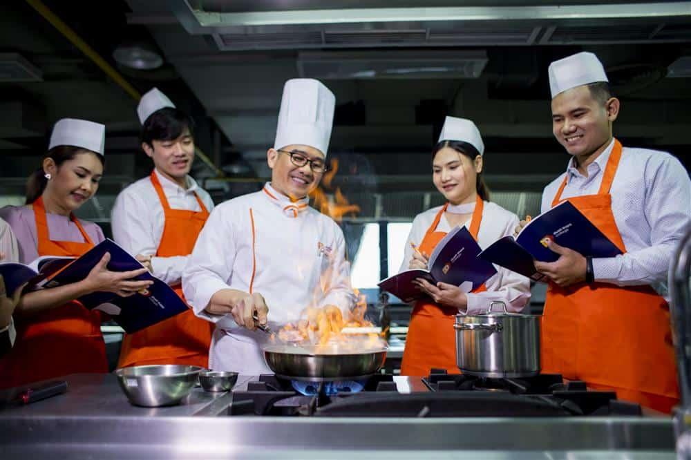 1.Thai-Food-Custom.jpg